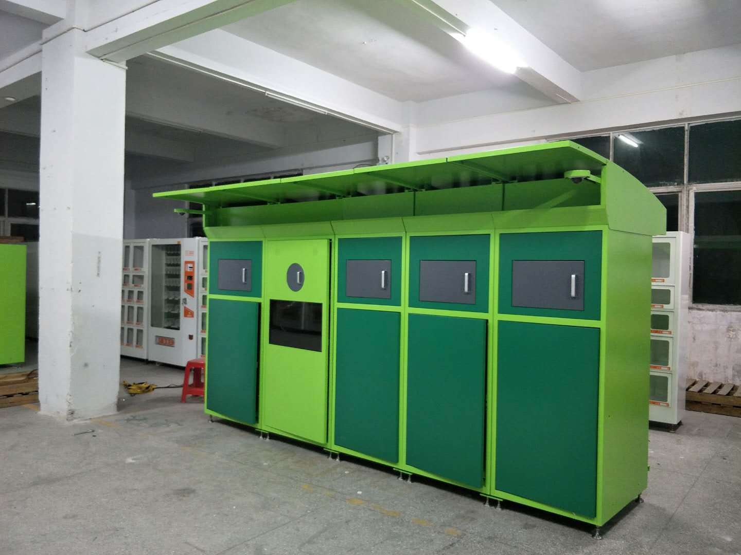 vending kiosk customized for garbage cycling